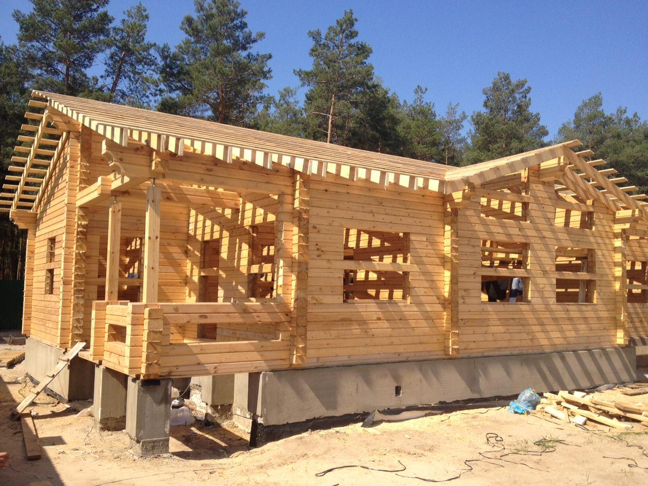 Как начать строить дом из бруса