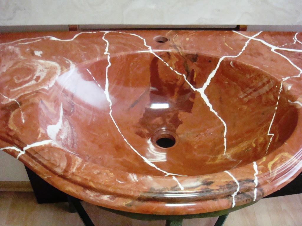 Чем чистить искусственный камень