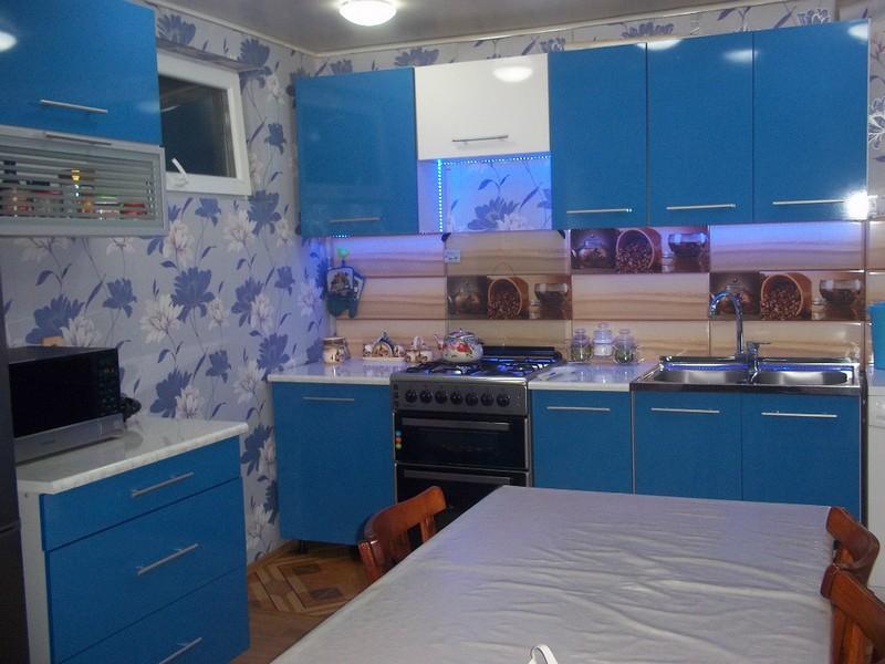 Дизайн кухни лимонного цвета (60 реальных фото)