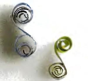 Формы на основе завитков в технике квиллинг в фото