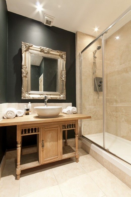 Как экономно отремонтировать и обустроить ванную комнату?
