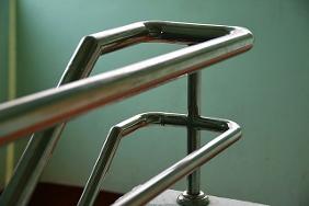 Малая механизация при полировке нержавейки в домашних условиях в фото