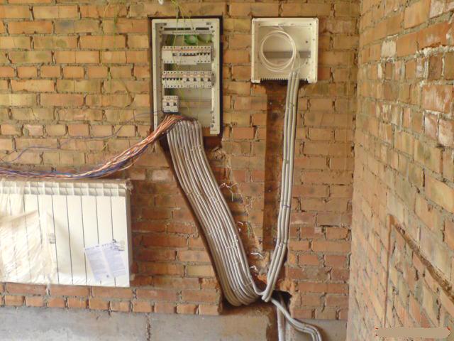 Прокладка электросети в стенах