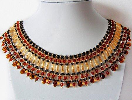 Схема плетения из бисера ожерелья «Янтарные капли» в фото