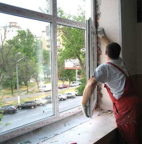 В школах Владикавказа устанавливают пластиковые окна и ремонтируют крышу