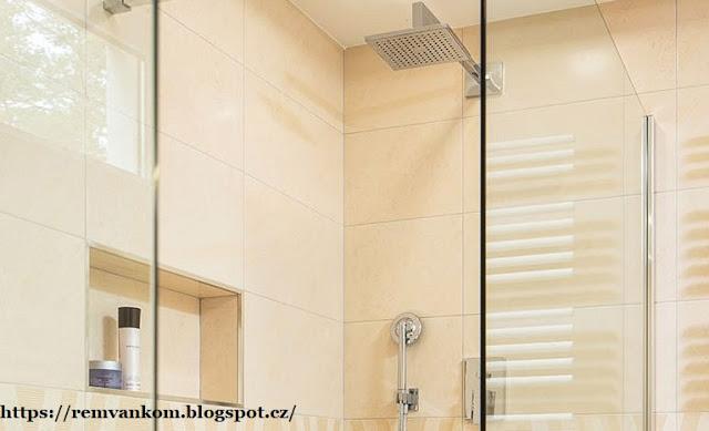 Ванная комната для семьи с тремя детьми: главное практичность и простая уборка