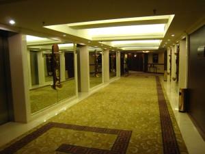 koridor lico doma vse pro stroitelstvo