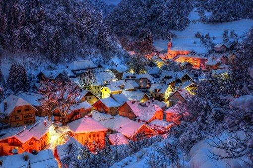 Гірське село взимку