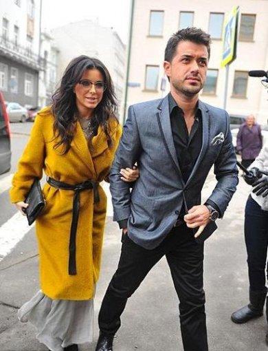 Ани Лорак с мужем прилетела на крещение дочки Филиппа Киркорова