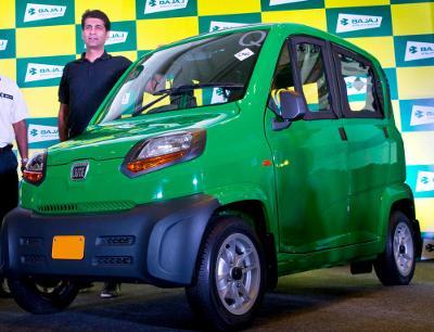 Найдешевший автомобіль у світі Bajaj Qute