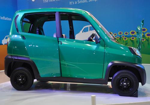 Самый дешевый автомобиль в мире Bajaj Qute