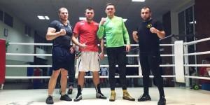 Готуватися до нового бою Усику допомагає російський боксер Князьов