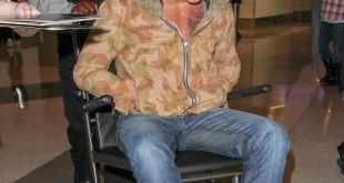 Стала відома причина, чому Міккі Рурк потрапив до інвалідне крісло