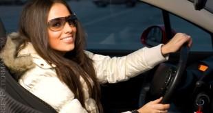 Жінки вважають своїх чоловіків кращими водіями!