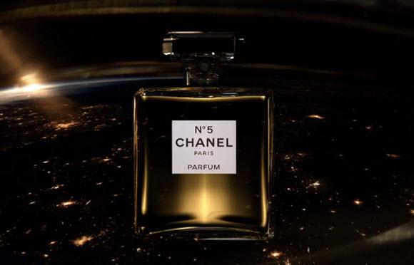 Почему в 2016 году Chanel №5 остаются на пике популярности?