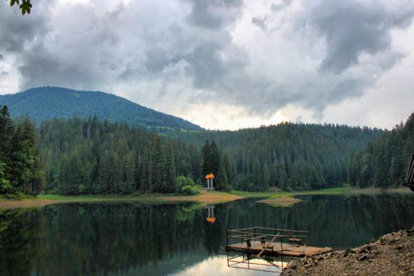 Природное чудо Украины озеро Синевир