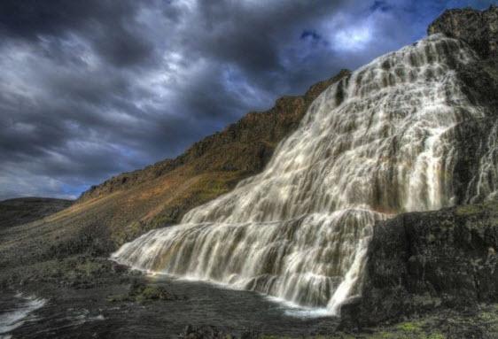 Водоспад фотографія