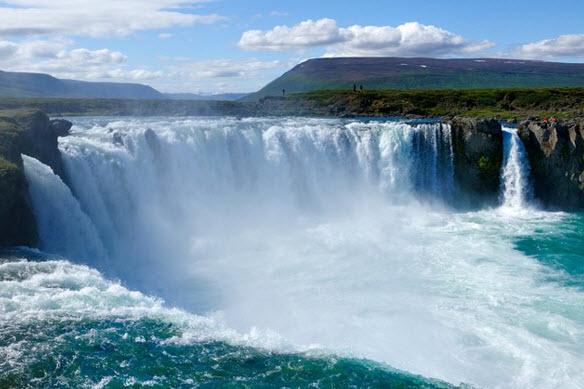 Лучшие водопады фото