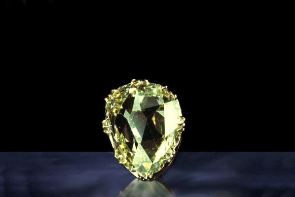 Алмаз «Санси» - путешественник во времени и пространстве