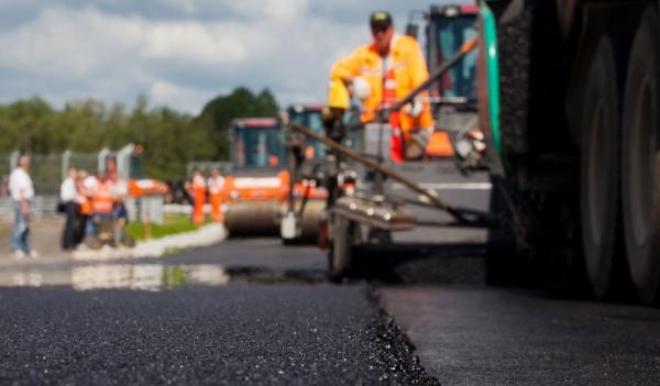 Ремонт украинских дорог: быстро, экономно...качественно?