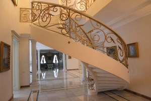 Лестницы из бетона и перила