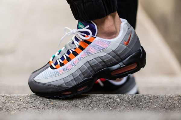 nike-air-max-95-og-greedy-4