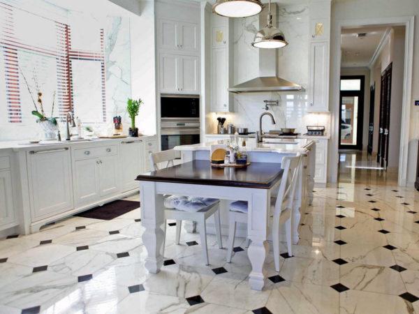 Популярные напольные покрытия для кухни