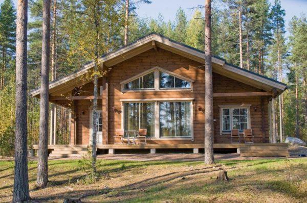 Возводим деревянный дом