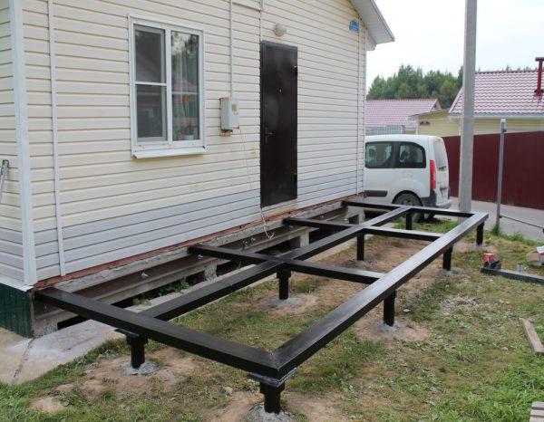 Фундамент для террасы в загородном доме