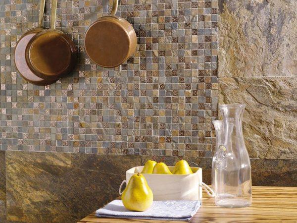 Украшаем гостиную мозаикой
