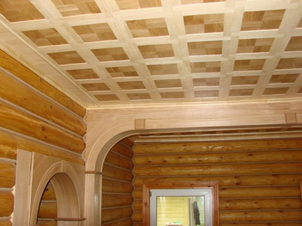 Внутренняя отделка дома – оформление потолков