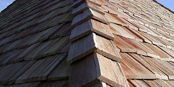 Защитные средства для деревянной черепицы
