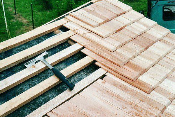 Преимущества деревянной черепицы