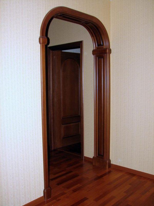 Возведение дверного проема в виде арки