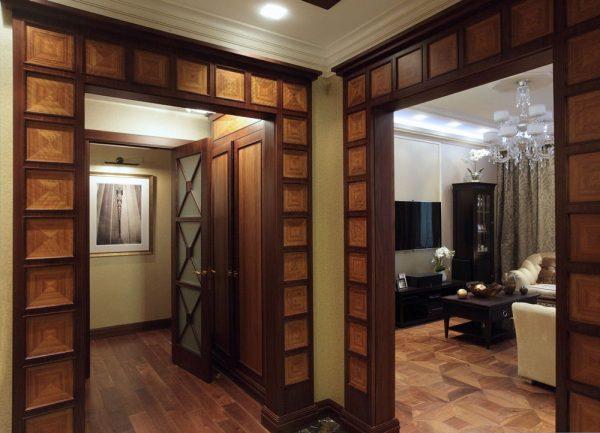 Красивый дизайнерский дверной проём