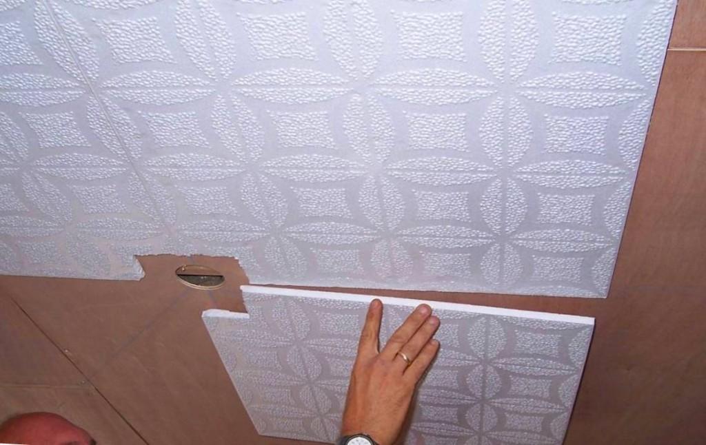 Чем клеить потолочную плитку своими руками 876