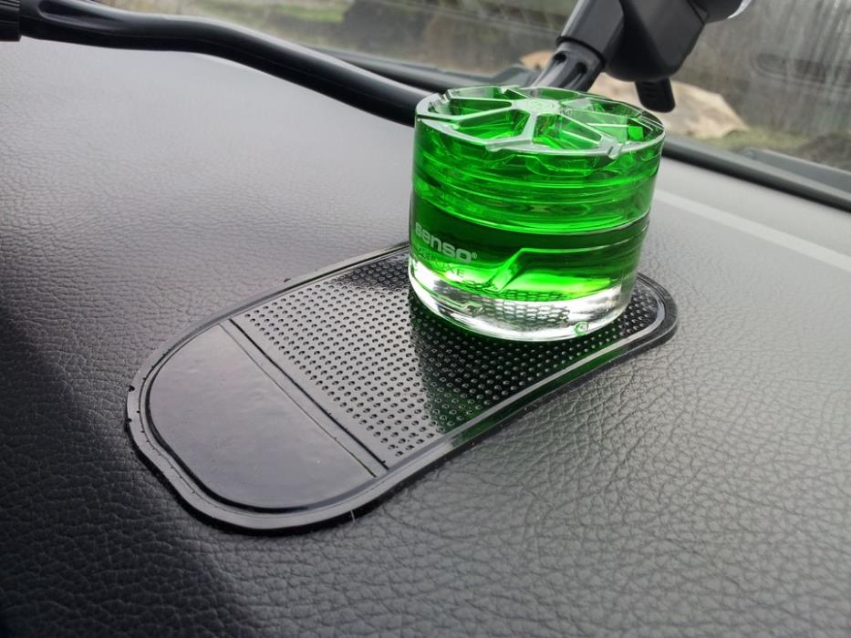Самодельный ароматизатор в машину