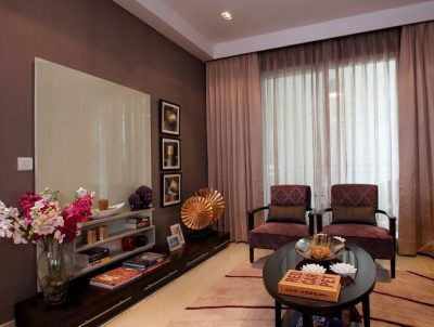 wall paint colour living room spaced out