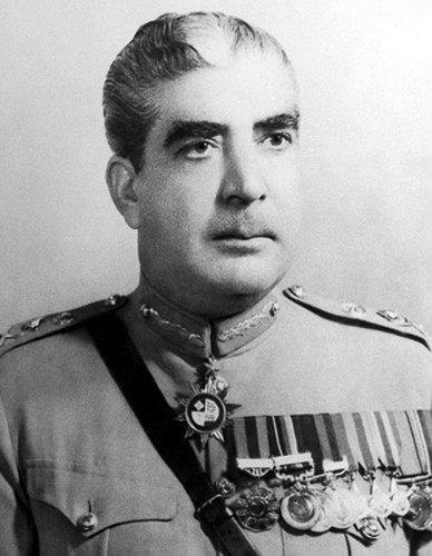 13 кровавых диктаторов 20 века (13 фото)